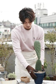 gong yoo epigram almost home gong ji cheol gong ji chul april 7 2017 korean actor rooftop   mykinggongyoo.tumblr.com