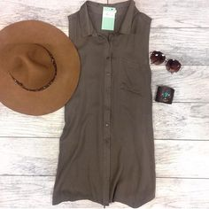 Button Up Green Tunic NEW! Tops Tunics