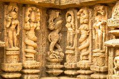 carvings on the konark sun temple