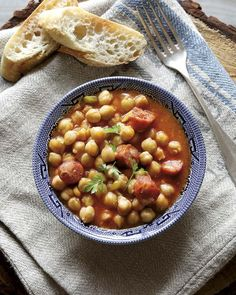 Chickpea, Spinach and Sausage Stew : Make One Week's Worth of Meals in 15 Minutes Clean Eating Recipes, Lunch Recipes, Soup Recipes, Cooking Recipes, Healthy Recipes, Healthy Breakfasts, Simple Recipes, Healthy Meals, Easy Meal Prep