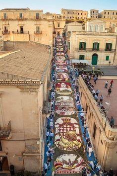 Noto Italian Beauty, Sicily Italy, Lake Como, Sardinia, Bellisima, Wonders Of The World, The Good Place, Scenery, Places To Visit