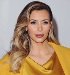 Celebrity Hair Color Trends for Spring & Summer 2014 ... Kim-Kardashian-black-blond-curly-ombre-hair └▶ └▶ http://www.pouted.com/?p=36772
