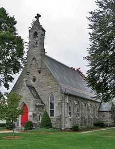 James Episcopal Church, Bedford, Pennsylvania by Paul McClure DC, via Old Country Churches, Old Churches, Old Time Religion, Cathedral Architecture, Church Pictures, Anglican Church, Cathedral Church, Church Design, Church Building