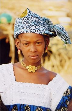 Africa | A Fula Jalon (Fulani people) girl in Guinea | ©Mount Abarim Baptist Missions International