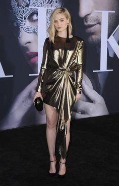 Bella Heathcote en Saint Laurent par Anthony Vaccarello à la première de Fifty Shades Darker à Los Angeles