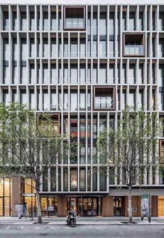 OHLA Hotel EIXAMPLE  / Isern Associats