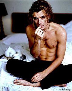 Gavin Rossdale, Bush | 31 Hunks From '90s Bands Then And Now