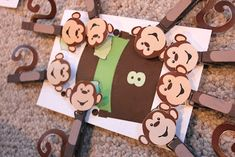 DIY Monkey Counting clothespins and download cards