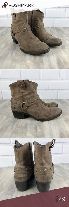 """Born Laila Moto Biker Ankle Boots Leather Size 8 Preowned Women's Born Laila Ankle Boots Size 8 Leather upper Lined with plaid flannel Grommet detailing Moto biker style boots Excellent condition Side zip closure Approx 2.5"""" heel No Box Nonsmoking home Born Shoes Ankle Boots & Booties"""