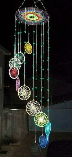 Atrapa sueños Mobiles, Suncatcher, Beaded Banners, Chasing Dreams, Crochet Circles, Beautiful Dream, Boho Diy, Beads And Wire, Wire Art