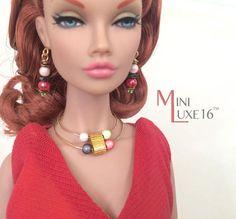 16 bambola gioielli collana multi-color Set