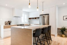 photographe Open Plan Kitchen Interior, Modern Kitchen Design, Home Design Decor, House Design, Home Decor, Banquette Seating In Kitchen, Cozy Basement, Mo S, Modern House Plans
