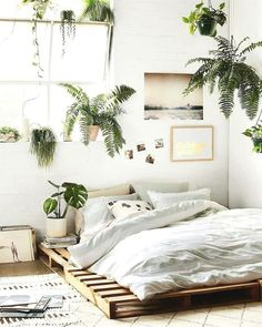 A sensible bohemian Bed room hack that youll love in 2019 - #2019 #à #bed #Bohemian #Hack #in #love #Room #sensible #That #Youll Minimalist Home Interior, Minimalist Bedroom, Minimalist Decor, Home Interior Design, Minimalist Living, Minimalist Kitchen, Modern Minimalist, Minimalist Apartment, Minimalist Pillows