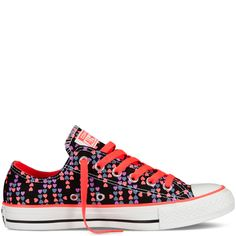 9dcb90b50f9b Chuck Taylor Hearts Sneakers.