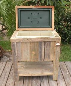 NEW Hand-Made, Weathered Wood Outdoor Igloo Ice Chest, Rust Accents