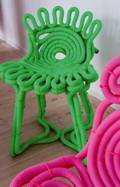 Rennes designers Grégory Parsy and Camille Debons Tuyo designed chair Funky Furniture, Unique Furniture, Furniture Design, Design Blog, Chair Design, Surface Design, Pink And Green, Interior And Exterior, Decoration