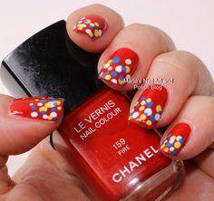 Dots on Fire - nail art