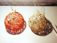 Ultime idee natalizie, un altro tutorial molto semplice per creare delle palline molto fashion da appendere al nostro albero di natale. A mio parere queste palline si possono utilizzare anche come abbellimento in mezzo ad un bel coloratissimo potpourri! Ma oggi andremo a crearle per il nostro albero