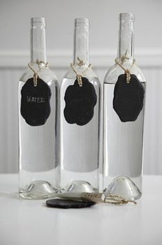 Attach a small, black chalkboard name tag to beverages