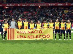 El País Basc i Catalunya juguen i guanyen - vilaweb.cat, 28.12.2014. La selecció catalana i la selecció basca de futbol han empatat a un gol aquest vespre a Bilbao. En un partit commemoratiu del primer que van disputar ara fa cent anys en aquest mateix estadi --ara modernitzat-- de San Mamés, els dos equips han disputat un matx distret sense ser espectacular, amb ocasions per a ambdós bàndols. Fins aquí, la crònica esportiva del partit. Els amistosos no donen per a gaire més.