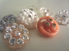 Vintage Buttons  beautiful  mixed lot of  by pillowtalkswf on Etsy, $8.75