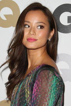 Jamie Chung - love her hair color Warm Brown Hair, Dark Hair, Dark Brown, Brown Lip, Jamie Chung Hair, Jaime Chung, Underlights Hair, Asian Celebrities, Beautiful Celebrities