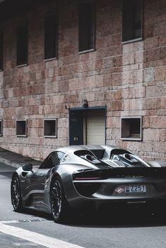 Porsche 918 Spyder... Nice but I hope it isn't a celebrity killer like every other Porsche