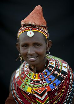 Africa | Portrait of a Rendille woman wearing a mud hat ande beaded necklace, Kenya. | © Eric Lafforgue #beads