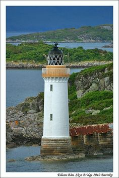 Kyleakin Lighthouse was built 1857 by David & Thomas Stevenson on the small island Eilean Ban (The white Island). In 1960 the lighthouse was updated to automat operation. The light is not operational any more (a light is now displayed on the Skye bridge instead).