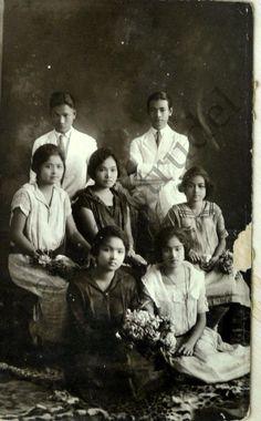 1930s Beautiful Portrait of a Group of Seven Filipinos, Manila