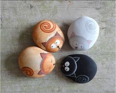 """Find and save images from the """"Kreativ - Rock / Stone / Pebble Art"""" collection by Gabis Welt :) (gabi_zitzen) on We Heart It, your everyday app to get lost in what you love. Pebble Painting, Pebble Art, Stone Painting, Diy Painting, Rock Painting, Painting On Rocks Ideas, Stone Crafts, Rock Crafts, Arts And Crafts"""