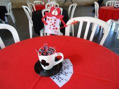 Elegance Decoração de Eventos: Festa Alice no país das maravilhas (adulto)!!!
