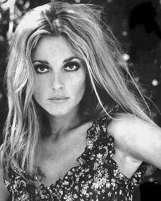 Sharon Tate - Horrific ending to a beautiful, talented young actress & mother-to-be. RIP <3