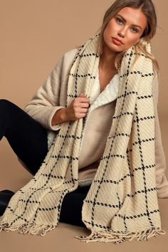 Throw on the Lulus Cozy Afternoon Beige and Black Plaid Knit Scarf and prepare to impress! Chunky knit forms this sweet scarf that features a black plaid throughout, an oversized design, and matching fringe at the ends. Chunky Knit Scarves, Oversized Scarf, Scarf Knit, Retro Outfits, Black Plaid, Womens Scarves, Retro Clothing, Alexander Mcqueen, Knitwear