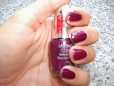 Tartaruga Zeta Fashion & Beauty: Smalto della settimana - Manicure of the week #notd #manicure #smalto #unghie #nails #nailpolish #beauty #beautyblogger #beautyproduct @pupamilano #burgundy #autumn #fall