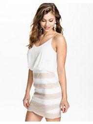. Tfnc, Dresses, Fashion, Fashion Styles, Vestidos, Moda, Dress, Dressers, Fashion Illustrations