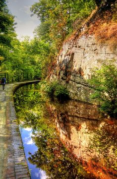 Llangollen Canal | by Tony Shertila
