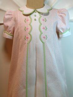 """http://loveandstitches.com Debbie Glen has wonderful ideas! This is her """"Nicoletta"""" pattern."""
