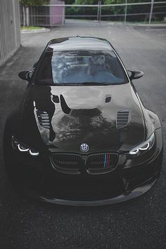 That's one mean looking M3. I don't like M3's but i definitely want one of these!!