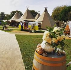 Events Under Canvas is a tipi hire, sailcloth tent hire and glamping company based in Suffolk, serving the South-East and beyond. Wedding Fair, Festival Wedding, Vintage Bohemian, Bohemian Style, Tipi Hire, Sailing Outfit, Wedding Events, Weddings, Glamping