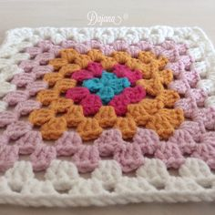 Granny Squares by Dajana Granny Squares, Sofa, Blanket, Crochet, Settee, Ganchillo, Couch, Blankets, Cover