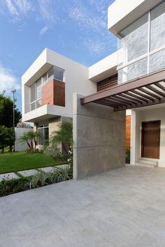 SUVI House by Maria Lorena Apolo