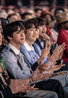 #BTS // 180520 Billboard Music Awards Red Carpet