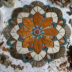 Resultado de imagen para mandalas raros en mosaicos