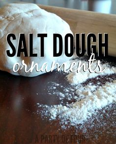 Looking for a fun and easy craft to do with your kids? Try these salt dough ornaments! Quick prep and homemade cuteness for your Christmas tree!
