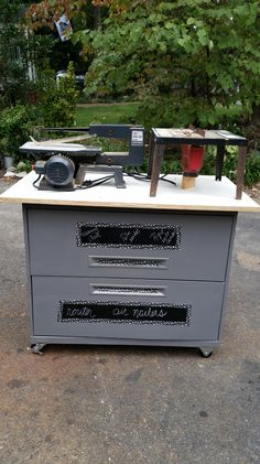 Turn that old lateral filing cabinet into a rolling work bench. Diy Home Decor Projects, Home Improvement Projects, Garden Frogs, Storage Center, Do It Yourself Projects, Garage Organization, Types Of Houses, Filing Cabinet, Crates