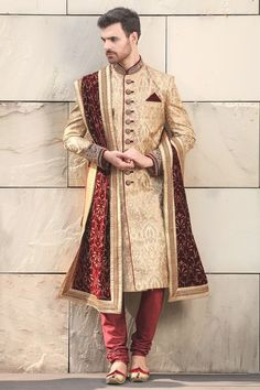 Exquisite Classic Embroidered Sherwani - Designer Wedding Sherwani for Men - Manyavar Indian Wedding Clothes For Men, Sherwani For Men Wedding, Wedding Outfits For Groom, Groom Wedding Dress, Sherwani Groom, Indian Wedding Outfits, Indian Clothes, Indian Weddings, Wedding Couples