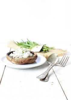 mushrooms w/ ricotta & herbs