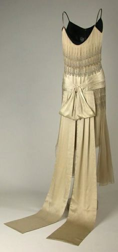 1928 lucien lelong