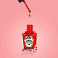 [UNEXPECTED MARRIAGE OF IDEAS] Ketchup x nail polish. Perhaps, this visual goes along with the idea that people paint their food with ketchup. (Funny Digital Art by Alessio F – Fubiz Media) Red Nail Polish, Red Nails, Red Manicure, Pink Nail, Art Pop, Still Life Photography, Art Photography, Surrealism Photography, Photography Magazine